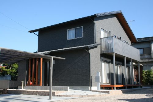 豊田市㈱都築建設の建てた幸田市米津町H邸木の家
