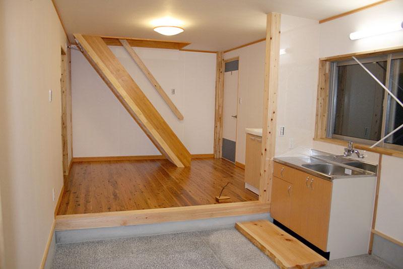 豊田市の木の家工務店の施工例 豊田市のガレージリフォーム土間