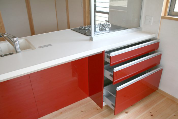 豊田市木の家工務店都築建設のシステムキッチン