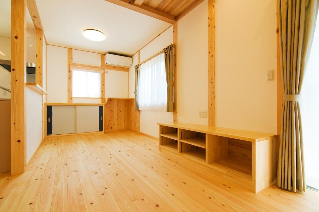 都築建設の建てた豊田市桝塚西町の新築一戸建て住宅のリビングダイニング