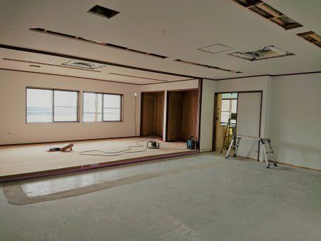 豊田市木の家工務店都築建設の岡崎市店舗リノベーション工事2階