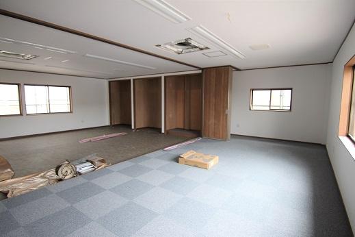 豊田市木の家工務店都築建設の岡崎市店舗リノベーション工事2階フリースペース