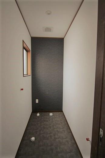 豊田市木の家工務店都築建設の岡崎市店舗事務所リノベーション工事トイレ