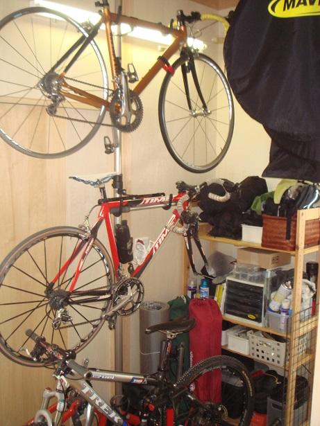 豊田市I邸ロードバイク収納部屋