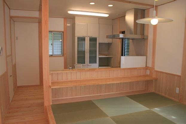 豊田市I邸キッチン・畳スペース