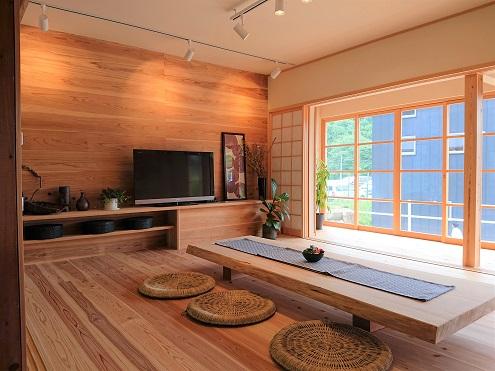 豊田市松平自然素材のリノベうらくの応接室