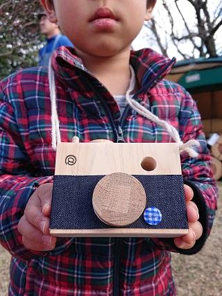 豊田の木の家工務店のワークショップで作った木のおもちゃカメラ3