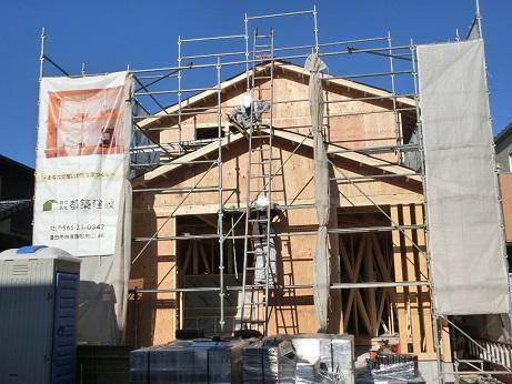豊田市木の家工務店都築建設の建築現場T様邸建て方