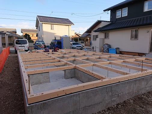 豊田市の木の家工務店都築建設の注文住宅基礎工事