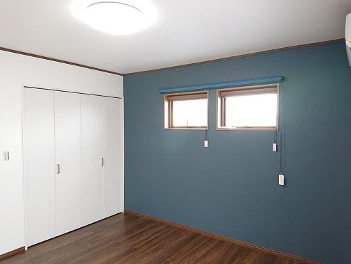 豊田市の木の家工務店都築建設の施工例2階寝室