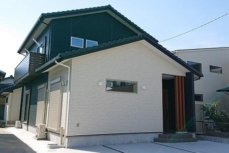 豊田市の木の家工務店都築建設の施工例豊田市注文住宅完成写真