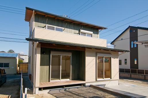 豊田市の木の家工務店都築建設の施工例m様邸外観