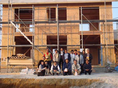 豊田市木の家工務店都築建設の建前完了時